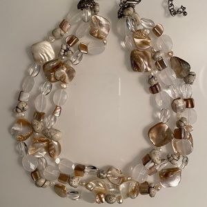 Beautiful Shell & Bead Necklace